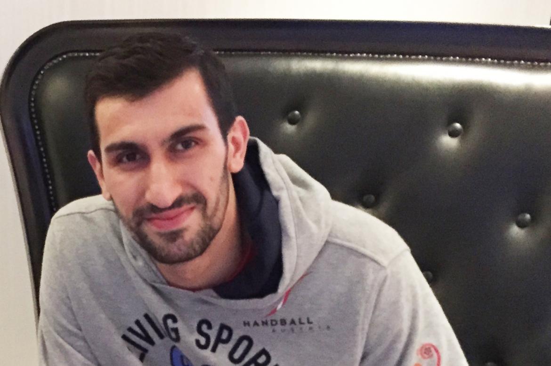 Video from Qatar - Janko Božović, Meshkov – Austria